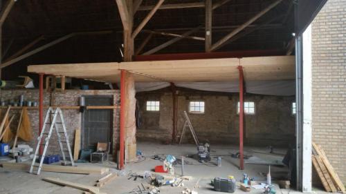 bouwbedrijf-drost-en-de-wollf-kantoor-in-schuur-01