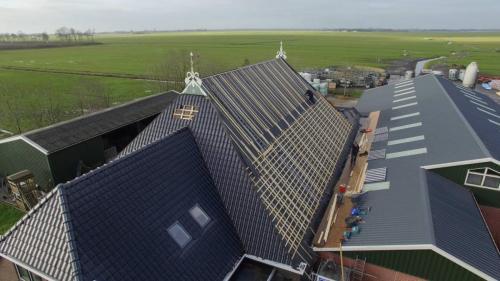 bouwbedrijf-drost-en-de-wollf-renovatie-boerderij-dak-01
