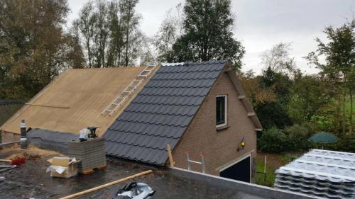 bouwbedrijf-drost-en-de-wollf-renovatie-metalen-dakplaten-01